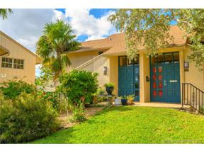 Property for sale at 661 Kensington PL Unit: 101B, Wilton Manors,  Florida 33305
