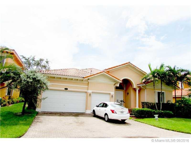 Photo of home for sale at 7954 194th St SW, Cutler Bay FL