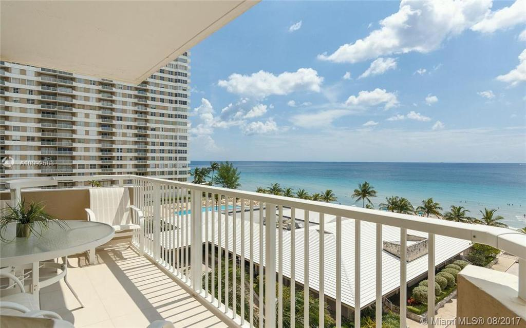 Photo of home for sale at 1980 Ocean Dr S, Hallandale FL