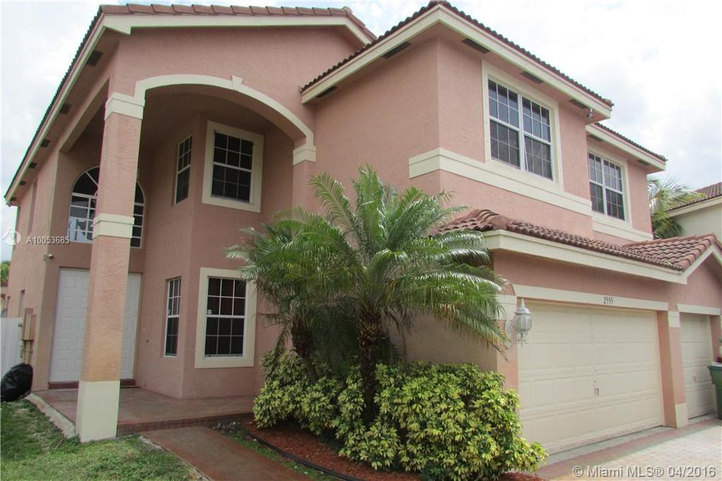 Photo of home for sale at 2555 158th Ave SW, Miramar FL