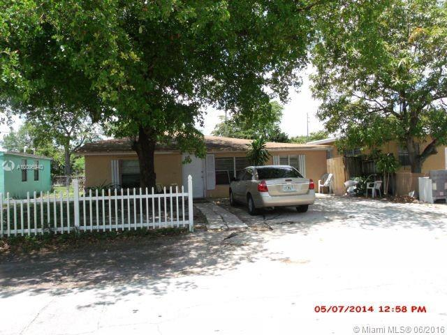 Photo of home for sale at 1243 3rd Ave, Fort Lauderdale FL