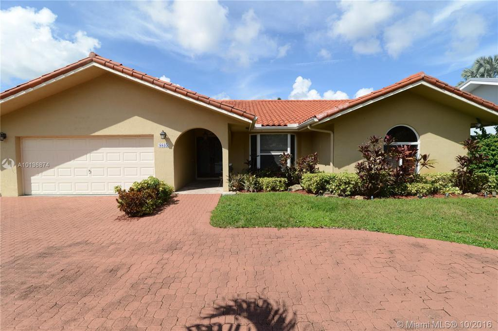 Photo of home for sale at 8835 60th St SW, Miami FL