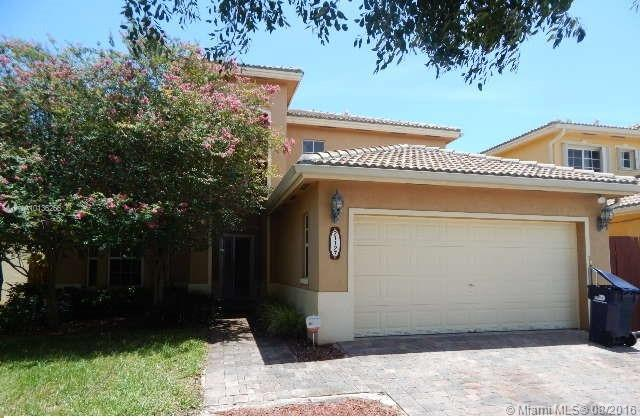 Photo of home for sale at 21127 89th Path, Cutler Bay FL