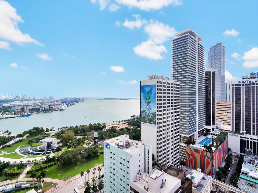 Photo of home for sale at 253 2 ST NE, Miami FL