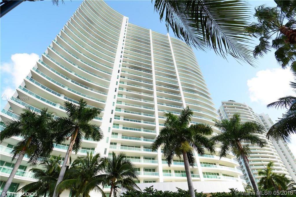 Photo of home for sale at 20155 38th Ct NE, Aventura FL