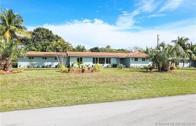 Photo of home for sale at 18455 80th Ave SW, Cutler Bay FL