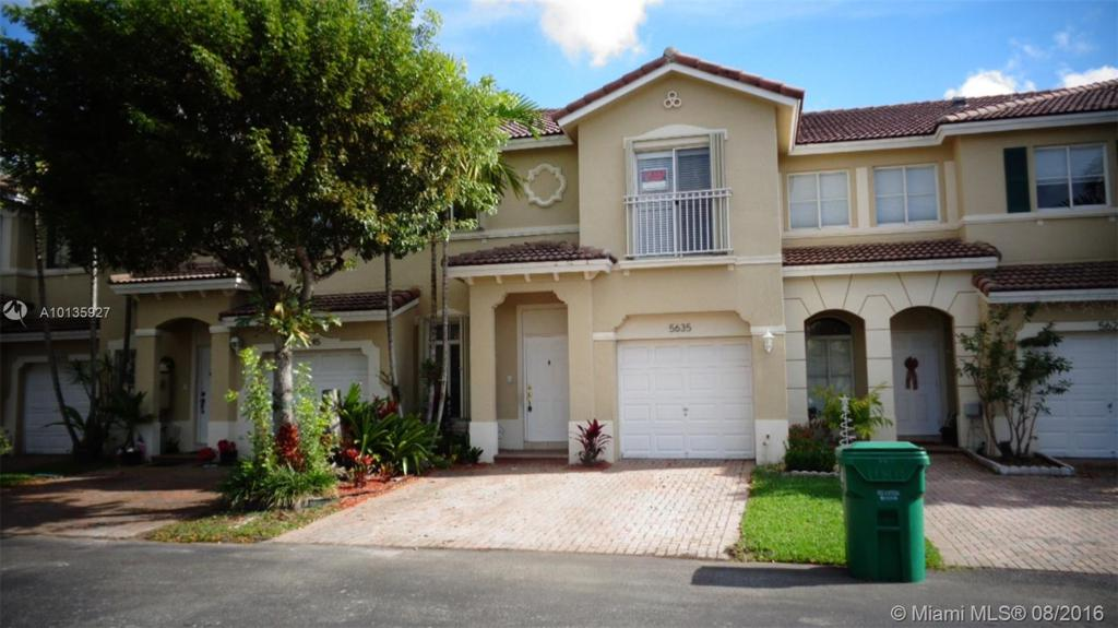 Photo of home for sale at 5635 112 NW, Doral FL