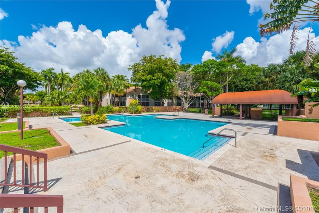 Photo of home for sale at 9227 138th Pl SW, Miami FL