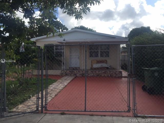 Photo of home for sale at 570 16th St E, Hialeah FL