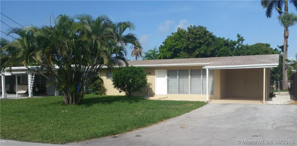 Photo of home for sale at 2481 Bimini Ln, Fort Lauderdale FL