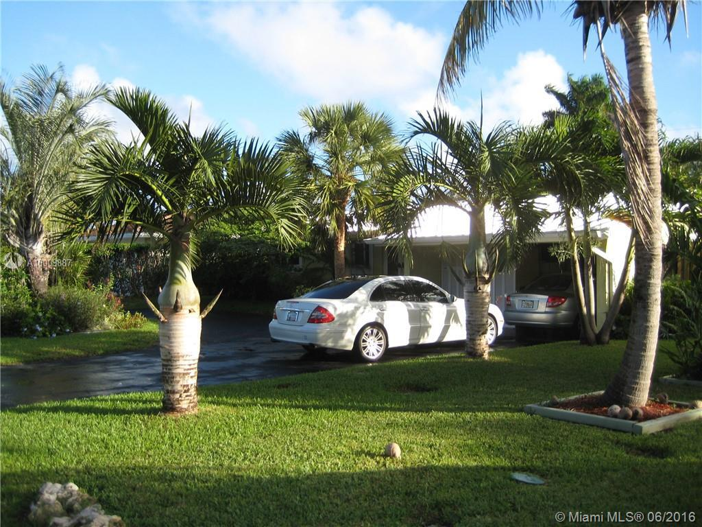 Photo of home for sale at 246 Corsair Ave, Lauderdale By The Sea FL