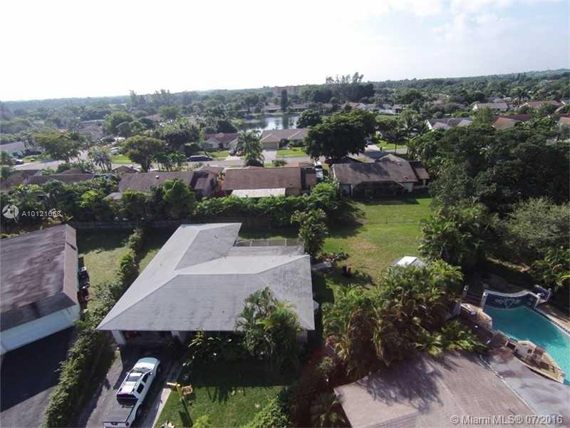 Photo of home for sale at 2610 83rd Ave SW, Davie FL