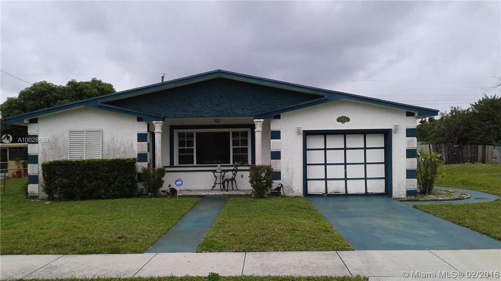 Photo of home for sale at 4630 26th St, West Park FL