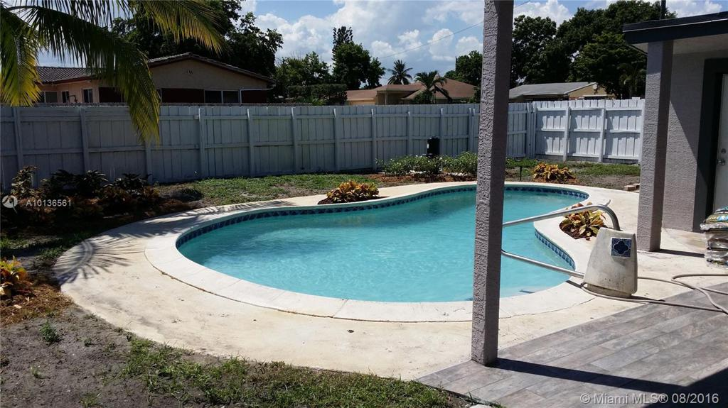 Photo of home for sale at 2424 Wiley St, Hollywood FL