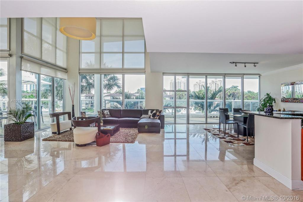 Photo of home for sale at 3131 188th St NE, Aventura FL