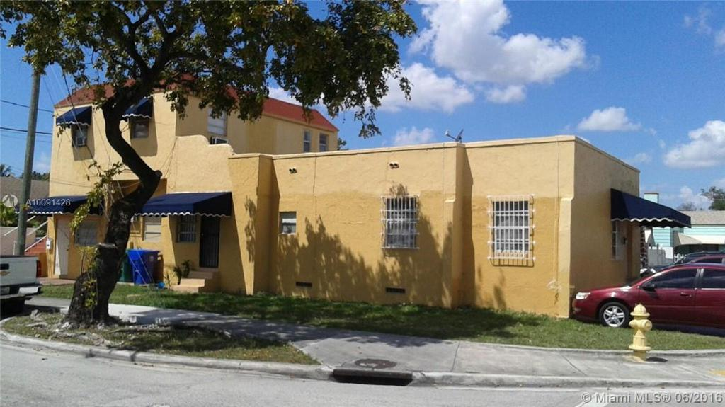 Photo of home for sale at 400 17th Ave NW, Miami FL