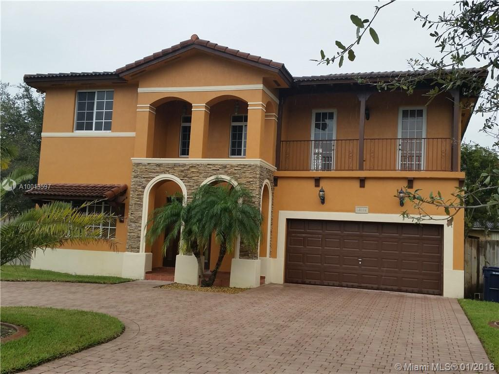 Photo of home for sale at 19364 131st Ave SW, Miami FL