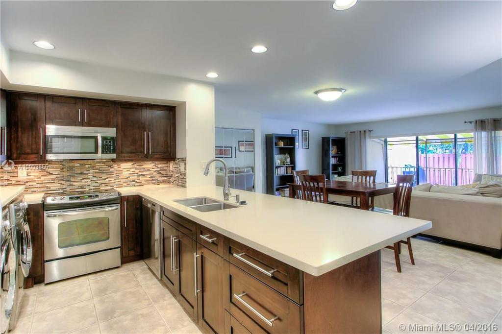 Photo of home for sale at 15402 Kippford Ct, Miami Lakes FL