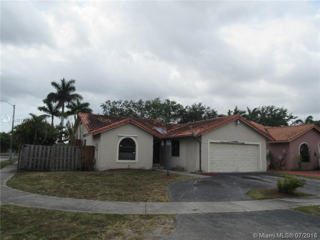 Photo of home for sale at 6051 152nd Pl SW, Miami FL