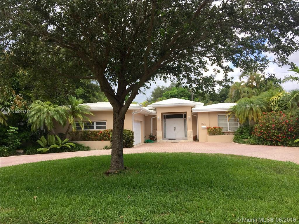 Photo of home for sale at 1325 Blue Rd, Coral Gables FL