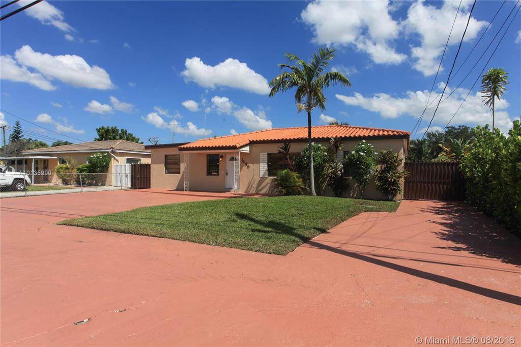 Photo of home for sale at 7445 37th St SW, Miami FL