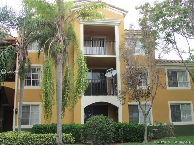 Photo of home for sale at 2320 Preserve Way E, Miramar FL