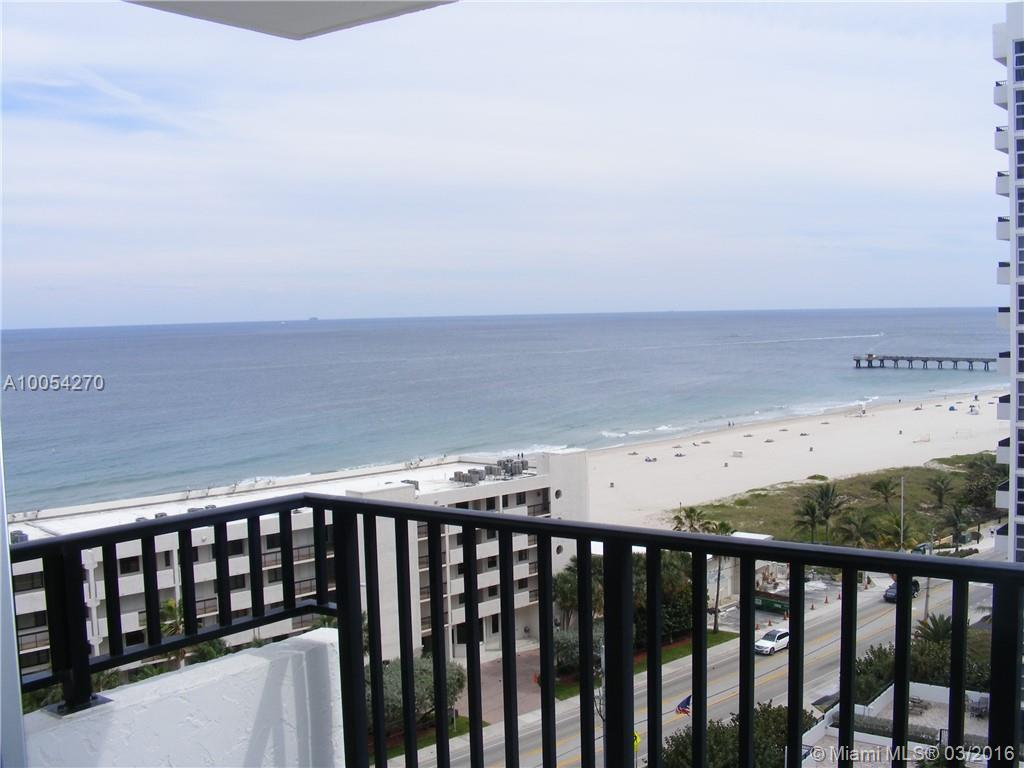 Photo of home for sale at 531 Ocean N, Pompano Beach FL