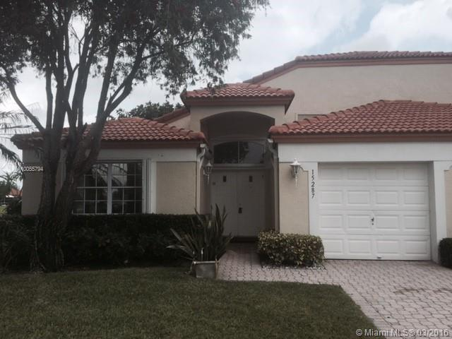 Photo of home for sale at 15287 Summer Lake Dr, Delray Beach FL