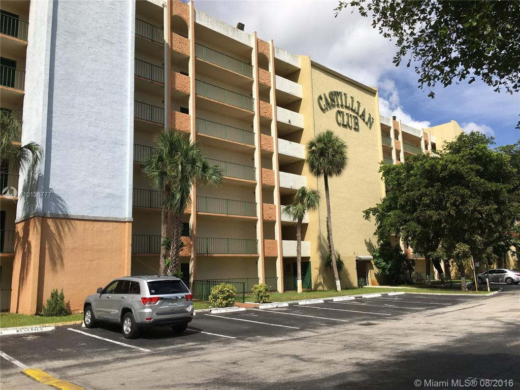 Photo of home for sale at 9455 Flagler St W, Miami FL