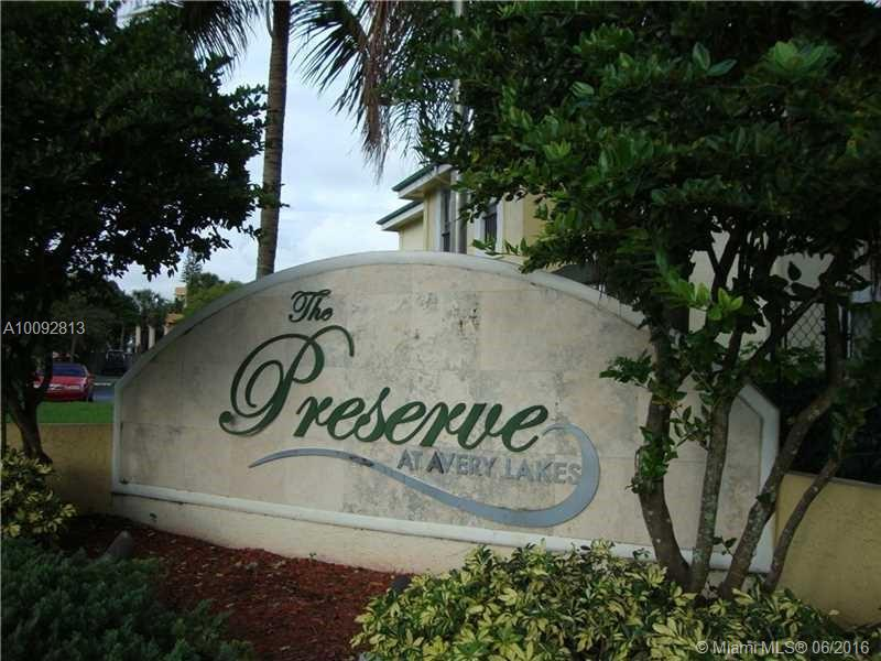 Photo of home for sale at 4070 87th Ave NW, Sunrise FL