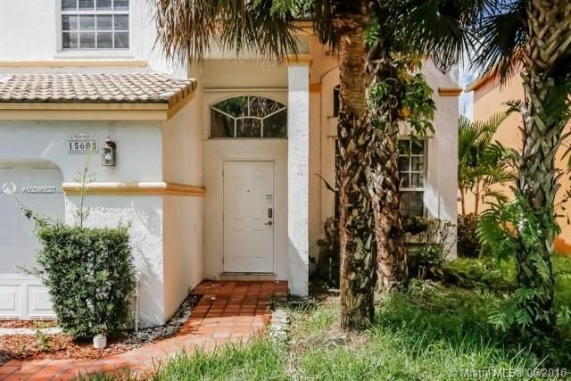 Photo of home for sale at 15608 5th St NW, Pembroke Pines FL