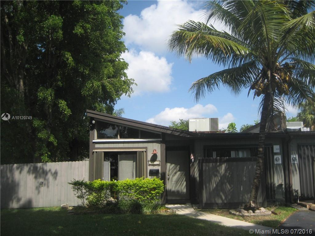 Photo of home for sale at 9328 132nd St SW, Miami FL