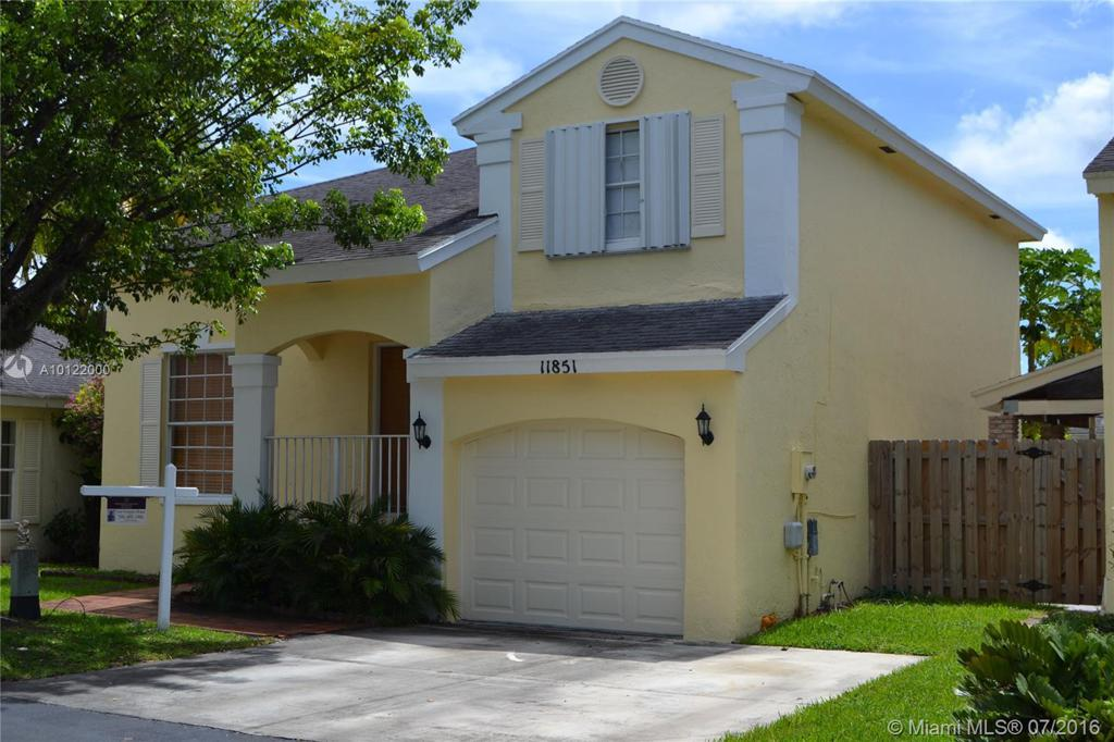 Photo of home for sale at 11851 102nd St SW, Miami FL