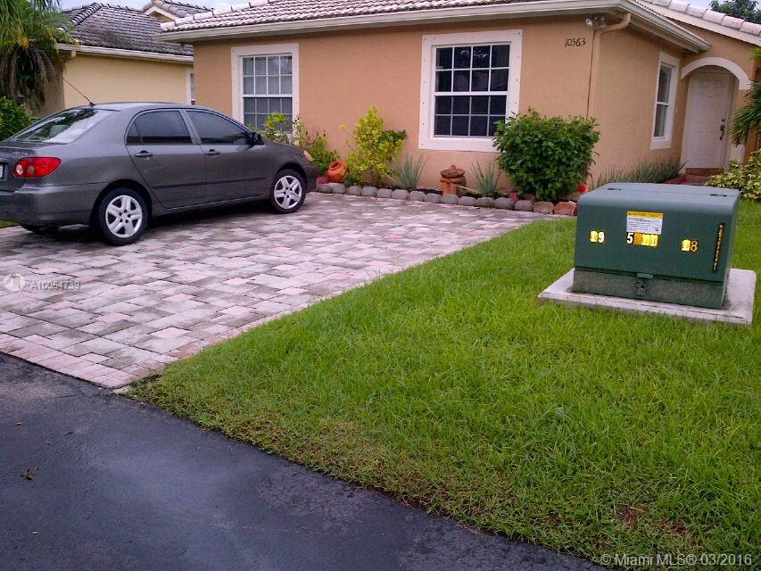 Photo of home for sale at 10563 161st Pl SW, Miami FL