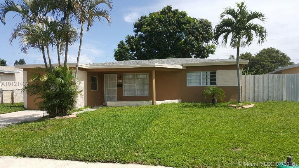 Photo of home for sale at 7451 Eaton St, Hollywood FL