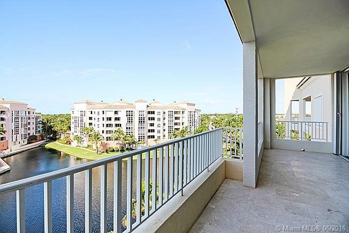 Photo of home for sale at 707 Crandon Blvd, Key Biscayne FL