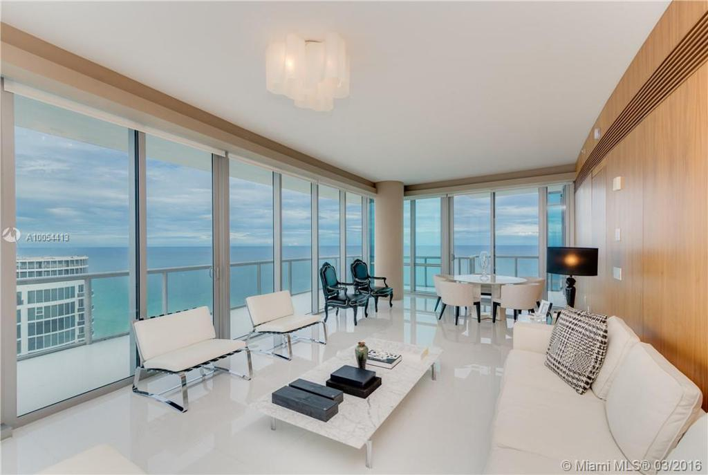 Photo of home for sale at 17121 Collins Ave, Sunny Isles Beach FL
