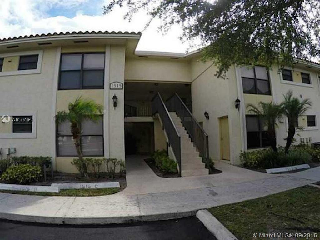 Photo of home for sale at 1515 Lake Crystal Drive, Palm Beach FL