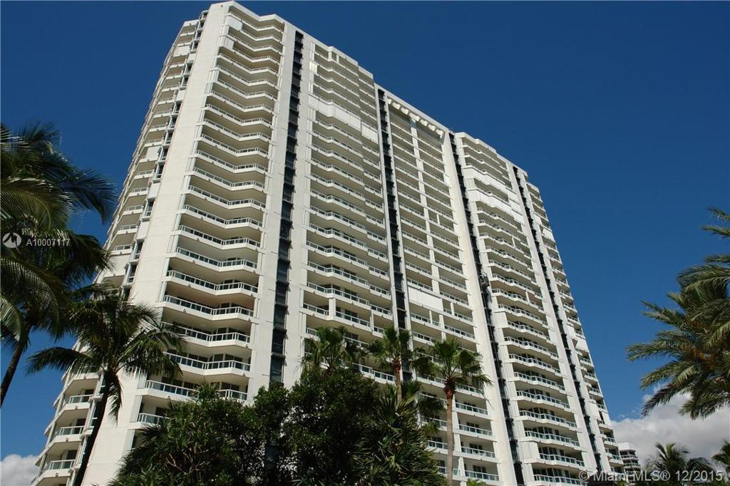 Photo of home for sale at 21205 Yacht Club Dr., Aventura FL