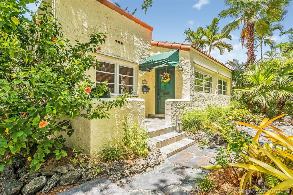 Photo of home for sale at 119 Cadima Ave, Coral Gables FL