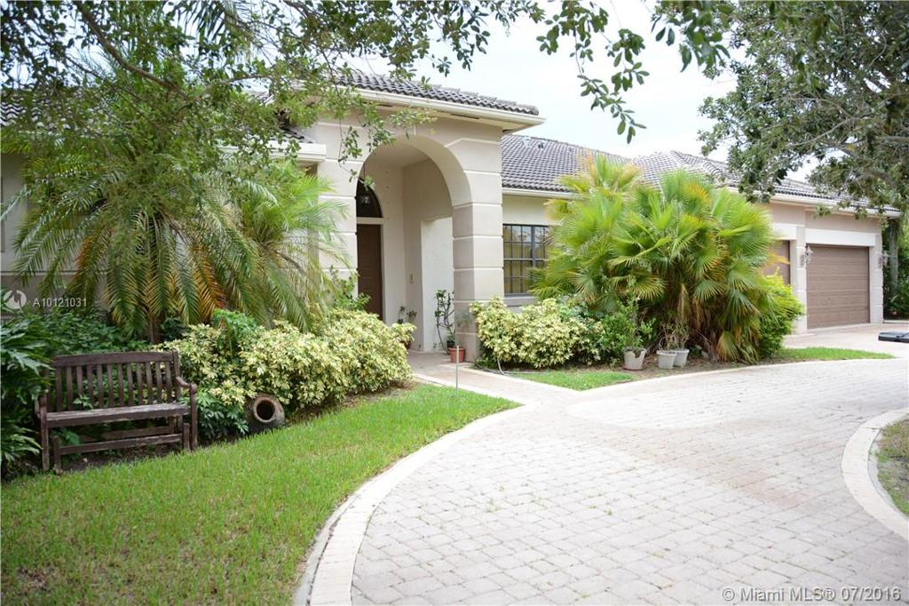 Photo of home for sale at 13922 41st St SW, Davie FL