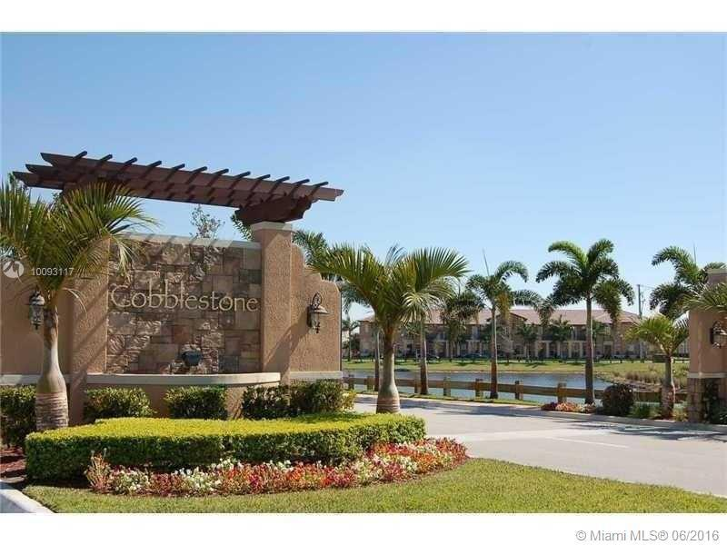 Photo of home for sale at 14601 5th St SW, Pembroke Pines FL