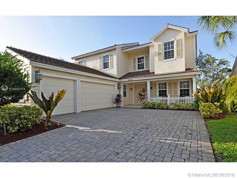 Photo of home for sale at 6764 Lakeside Cir, Davie FL