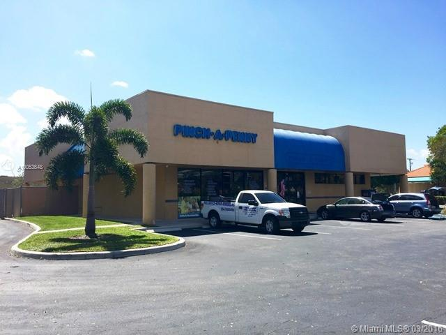 Photo of home for sale at 8880 44th St NW, Sunrise FL