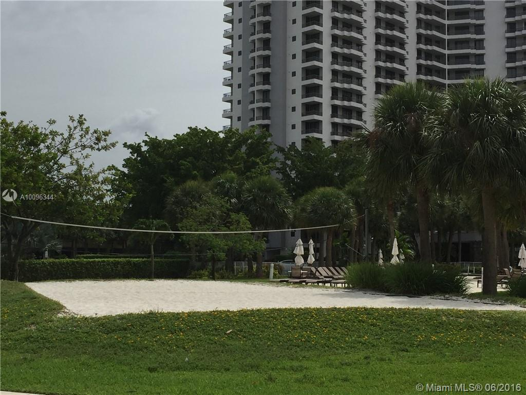 Photo of home for sale at 3300 192nd St NE, Aventura FL
