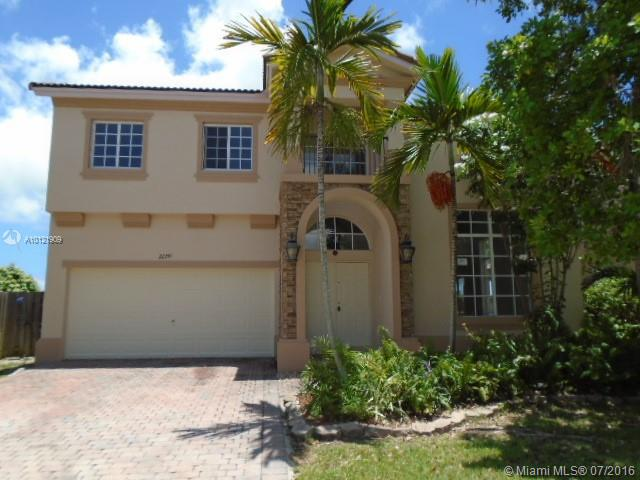 Photo of home for sale at 22241 87th Pl SW, Cutler Bay FL