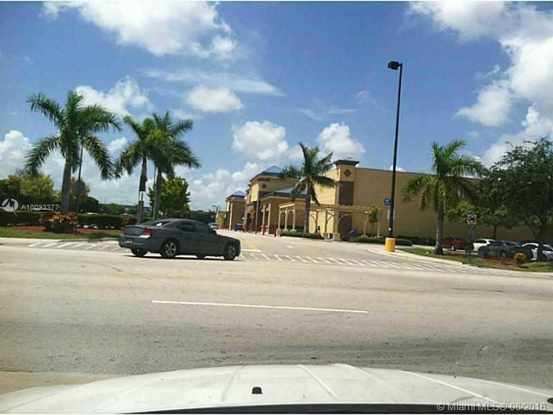Photo of home for sale at 301 177th St NW, Miami FL