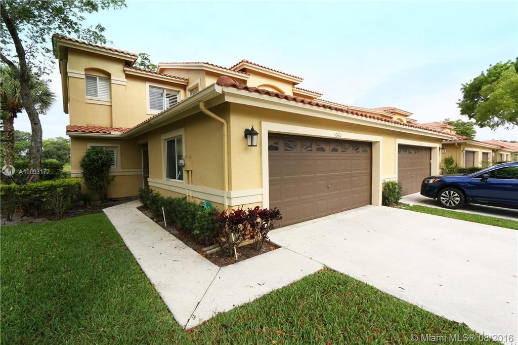 Photo of home for sale at 10410 Lake Vista Cir, Boca Raton FL