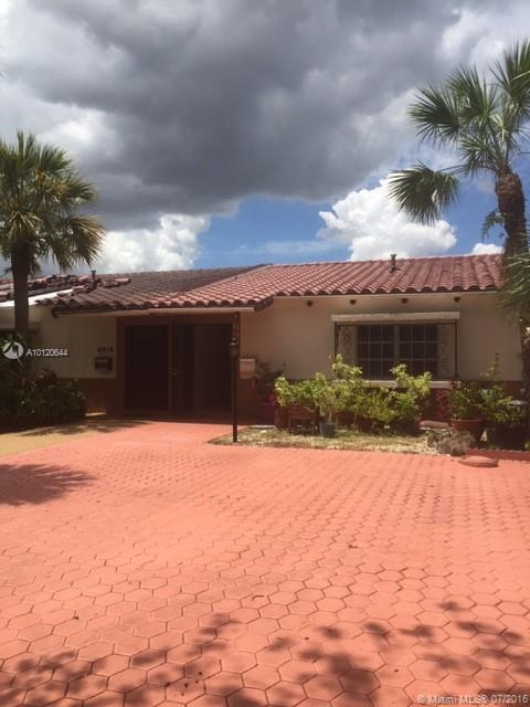 Photo of home for sale at 6920 Holly Rd, Miami Lakes FL