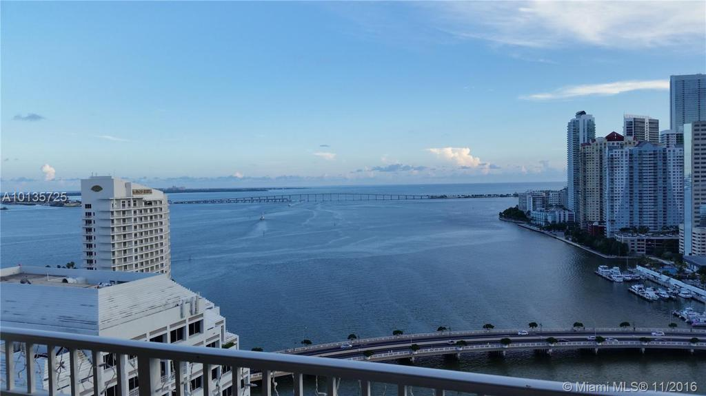 Photo of home for sale at 701 Brickell Key Blvd, Miami FL